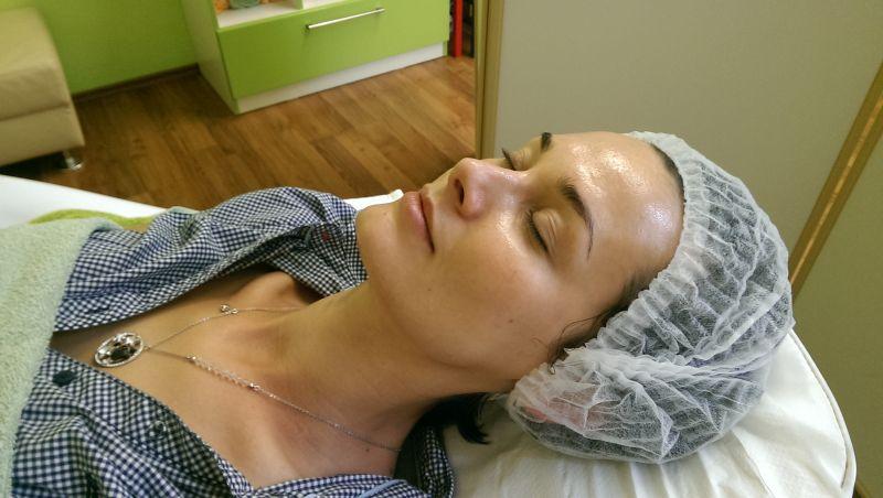 Míša Salačová u SlimFOX a ošetření s glukonolaktonem od Laboratoires Renophase Paris