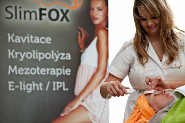 Čištění pleti ultrazvukovou špachtlí SlimFOX