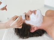 Nanášení čistící masky Maria Galland 2