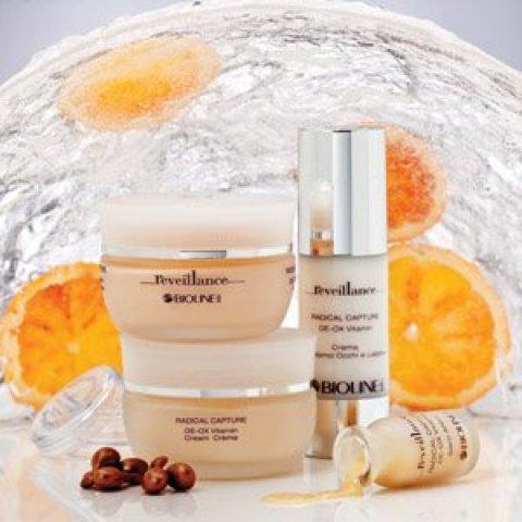 Reveillance antioxidační ošetření pro zvýšení kvality pokožky a ochranu jejího mládí.