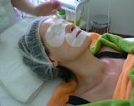 Maska Details of Beauty + lokálně aplikovaná bělící a hydratační maska.